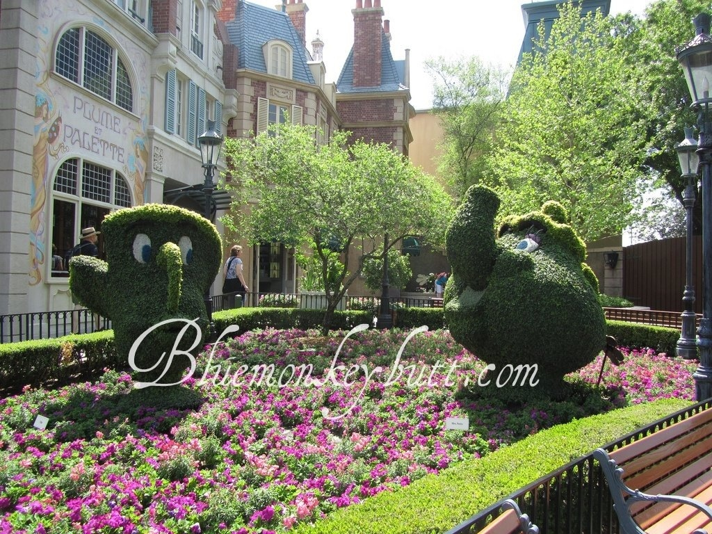 Chip and Mrs. Potts in France at the EPCOT International Flower and Garden Festival during Disney Social Media Moms 2011