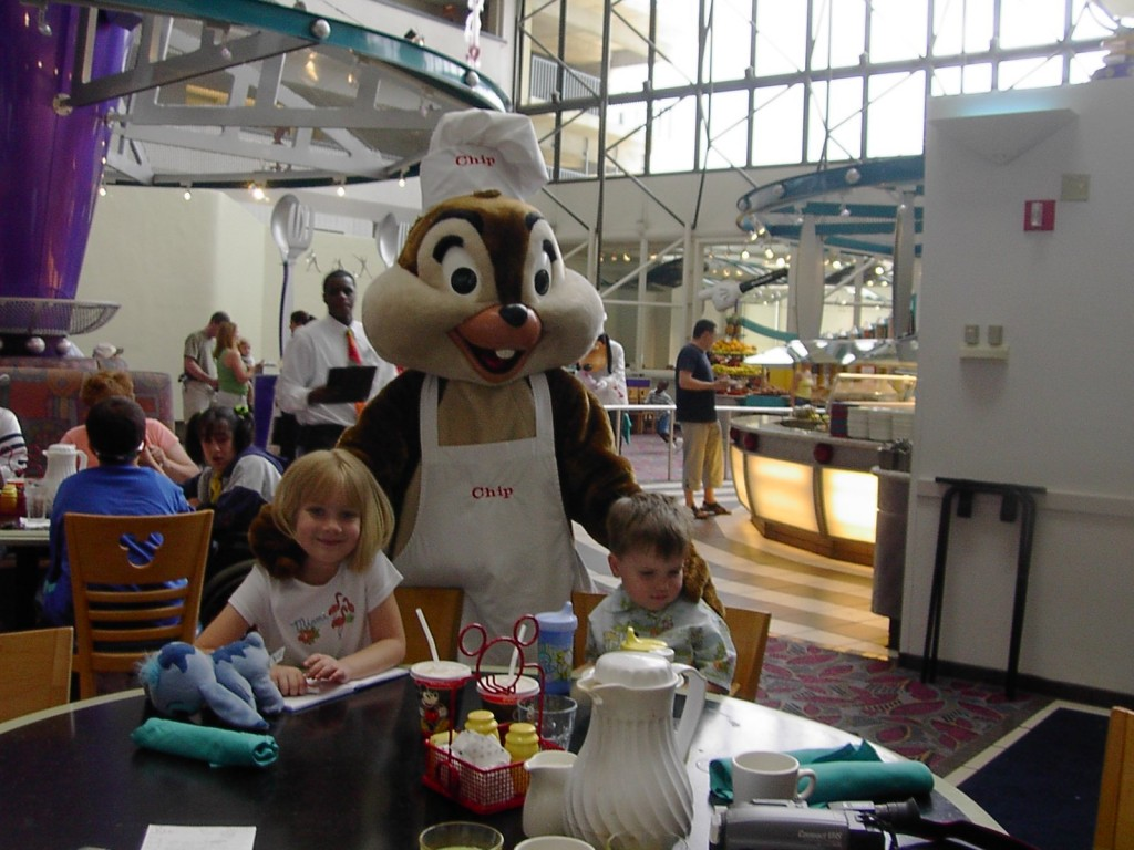 Managing Food Allergies for J-Man and Sissy at Chef Mickey's
